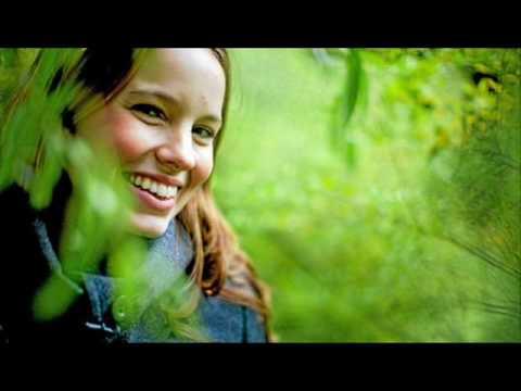 Marit Larsen - Fuel lyrics
