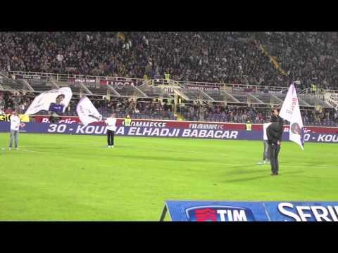 Zanimiva predstavitev nogometašev Fiorentine pred tekmo z Interjem
