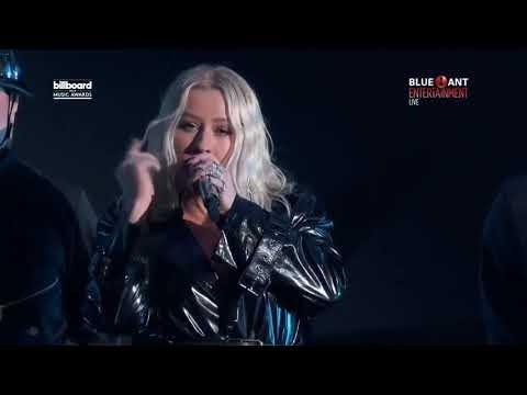 Video Cristina Aguilera - Fall In Line ft. Demi Lovato live on
