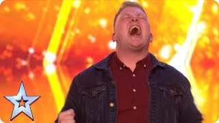 Video Gruffydd wows with OUT OF THIS WORLD vocals and bags a GOLDEN BUZZER! | Auditions | BGT 2018 MP3, 3GP, MP4, WEBM, AVI, FLV Oktober 2018