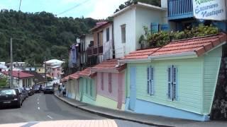 Un petit tour de l'île de la Martinique, une étonnante diversité de paysages... 00:28 Anse Caritan, 01:18 La Trinité, 01:42 Perpigna...