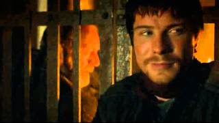 In the dungeons, Davos visits Gendry and tries to relate to him by telling the story of how he became a lord.