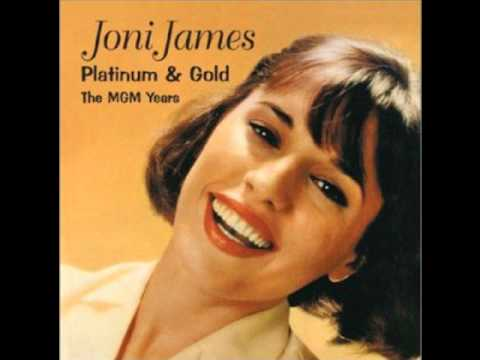 Tekst piosenki Joni James - Little Things Mean A Lot po polsku