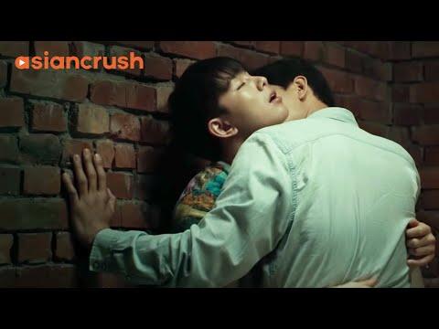 """I'm not gay...I just like you."" | Korean Gay Drama | Method"