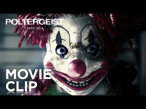 Poltergeist (Clip 'Clown Attack')