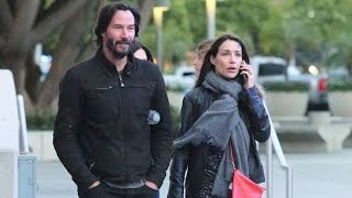 Video Check Out Keanu Reeves' Cute Mystery Brunette At The Who Concert MP3, 3GP, MP4, WEBM, AVI, FLV Februari 2017
