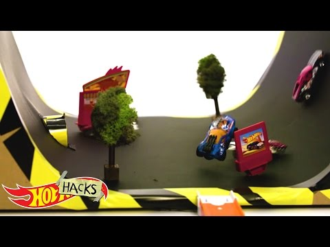 Trough Tracks | Hot Hacks | Hot Wheels