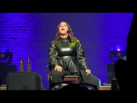 Alanis Morissette - Mary Jane (Acoustic) (Live at Apollo Theater, 12-2-19) (4K, HQ Audio)