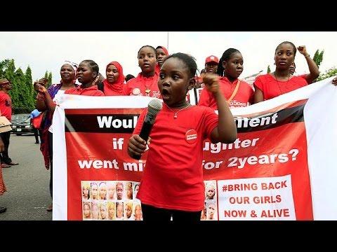 Νιγηρία: Διαδηλώσεις με αίτημα την επιστροφή των απαχθέντων κοριτσιών
