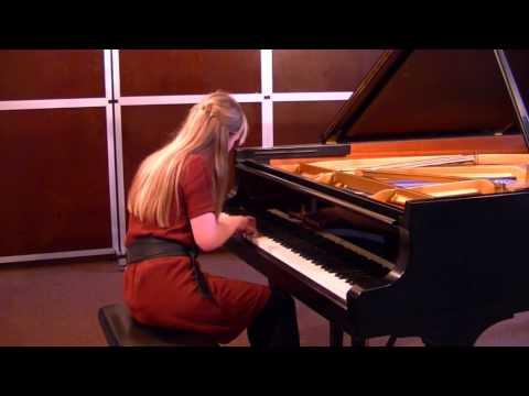 Nadezda Filippova (piano)