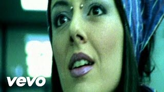 Music video by 99 Posse performing L'Anguilla. (C) 2000 SONY BMG MUSIC ENTERTAINMENT (Italy) S.p.A..