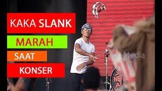 Video Kaka SLANK marah & lempar tamborin saat konser, karena ada penonton yang rusuh !!! MP3, 3GP, MP4, WEBM, AVI, FLV Oktober 2018