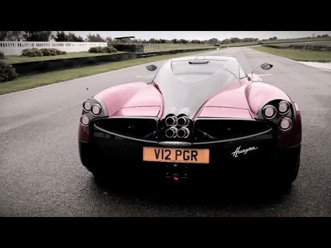 0 Double Fantasy: Pagani Zonda vs. Pagani Huayra on the Track at Goodwood [Video]