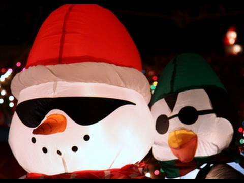 Christmas Music Video The Inflatables!