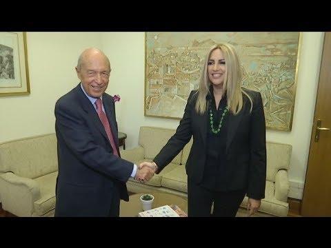 Συνάντηση Φώφης Γεννηματά με τον πρώην πρωθυπουργό Κώστα Σημίτη