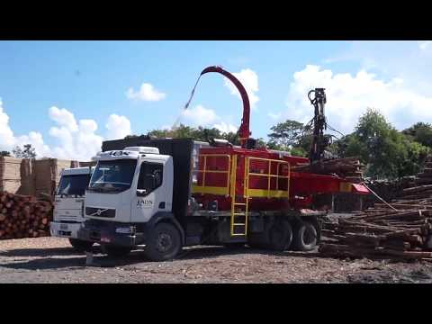 Picador Florestal montado sobre o caminhão PFL 400 x 700 M-S