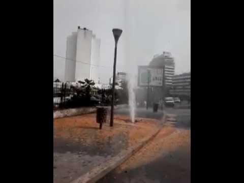 انفجار أنبوب مائي بوسط الدار البيضاء