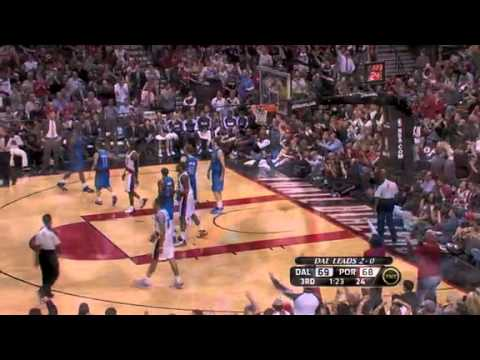 Game 3: Brandon Roy makes a clutch jumper and one