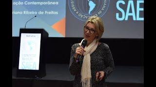 Adriana Ribeiro, em palestra no 1º Congresso de Educadores (SAEA)
