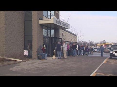Gun show draws big crowd