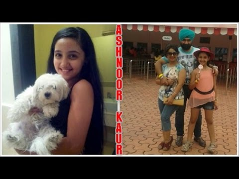 Video Ashnoor Kaur Childhood Photos with Parents download in MP3, 3GP, MP4, WEBM, AVI, FLV January 2017