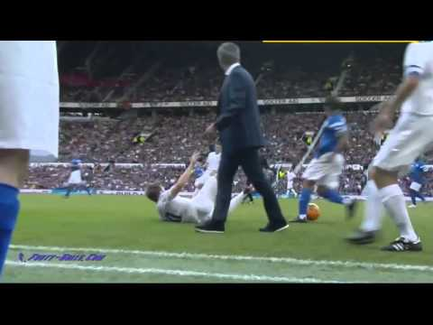 Funny Jose Mourinho attacks player (видео)