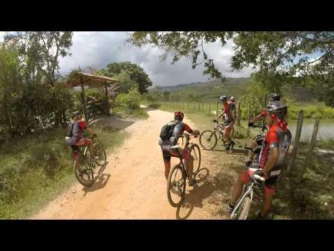 Equipe Mulambikers na Estrada Real - São Gonçalo do Rio das Pedras até Milho Verde -- 21/04/2014