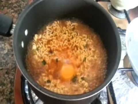 instant noodles - Last week, I chanced upon a Youtube video on churning up a bowl of perfect ramen noodles from Youtube user Doj Kim. So I tried it and I swear, it was heavenl...