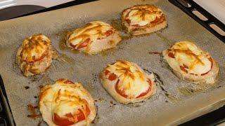 Эскалоп в духовке под помидором и сыром