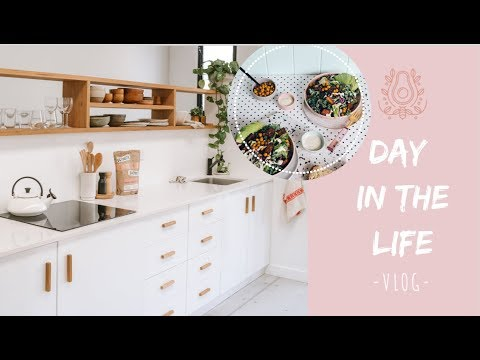 A DAY IN THE LIFE | Food Blogger - Cooking And Shooting Vegan Recipes | Elsa's Wholesome Life