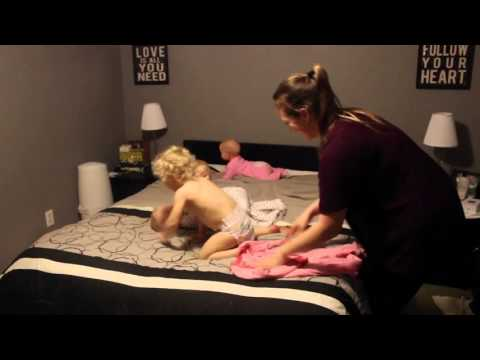 Watching This Super-Mom Getting Her 4 Kids Ready For Bed Is HYSTERICAL... Sped Up That Is