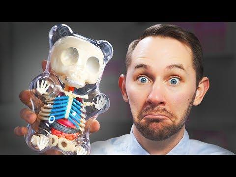 I Dissected A GIANT Gummy Bear! | 10 Strange Amazon Products (видео)