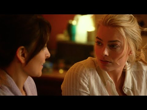 Whiskey Tango Foxtrot (Featurette 'BFFs')