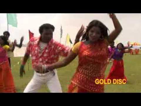 Video New Santali Romantic Song | Bangdo Jholmuni | Jupur Juley | Masang | Geeta | Gold Disc download in MP3, 3GP, MP4, WEBM, AVI, FLV January 2017