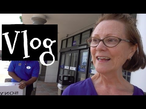 New hairstyle - Vlog: Sunscreen, New Hairdo for #TybeeTV, Shopping Dr Dray