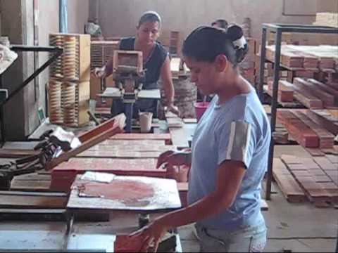 Mexican Tiles – manufacturing process of  hand painted tiles from Mexico