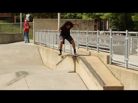 Virginia - We warmed up at Arlington Skatepark and then goofed around at a street spot for a little while. Featuring Eric Gordon, Danny Cappello, Regan Merrill, and Martin Boyles. T-Shirts: http://joshkatz.m...