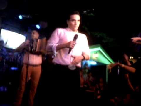 El Cheverosky - Medellin Silvestre Dangond Y Rolando...