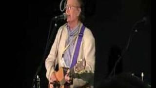 John Stewart Singing Daydream Believer FC8 2007