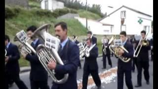 Passagem das Filarmónicas Fundação Brasileira da Freguesia dos Mosteiros, e da Filarmónica Minerva de Ginetes. A seguir tem...