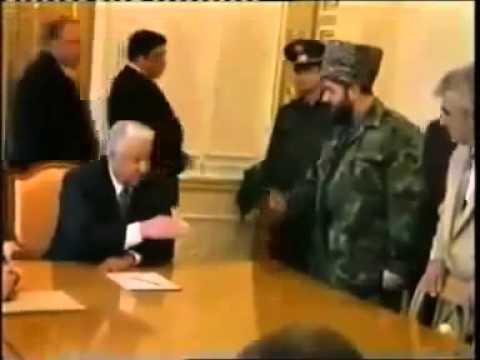 Selimhan Yardarbiyev Boris Yeltsin