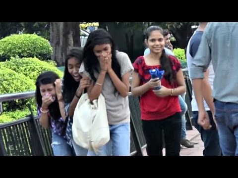 Pressing 'BOOBS' Prank (Gone Wrong) | AVRprankTV (Pranks In India) (видео)