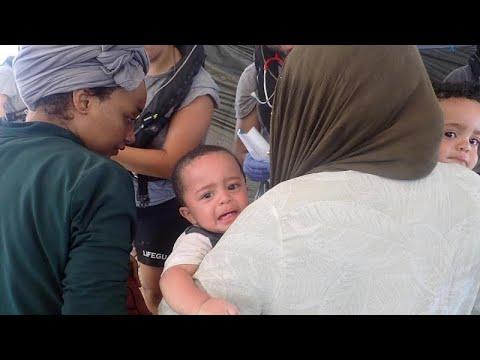 Διασώσεις μεταναστών στη Μεσόγειο