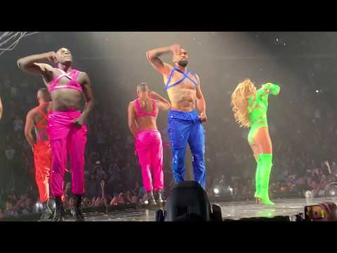 Jennifer Lopez - Waiting For Tonight & On The Floor live in Las Vegas, NV - 6/15/2019