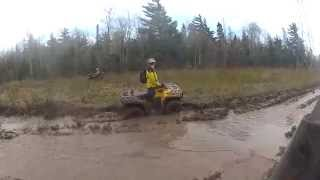 10. 2014 Can am Outlander 800R ROOSTIN!!