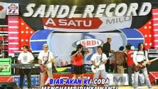 Yuni Ayunda - Cantik (Official Music Video)