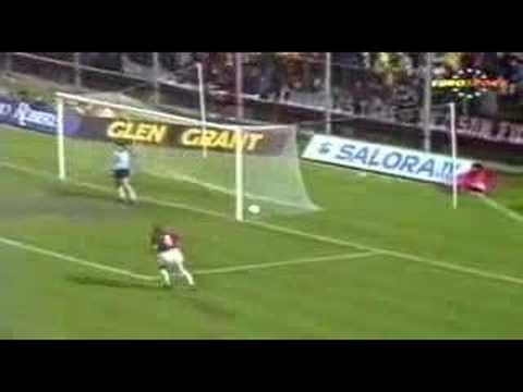 Gol de Ancelotti en el AC Milan