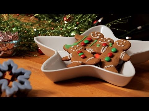 How to Decorate Gingerbread Men | Christmas Cookies