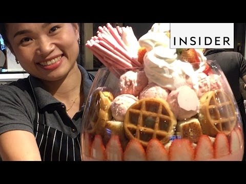The Strawberry Supreme -jäätelöannoksessa on kokoa!