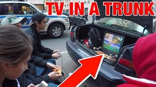 """TV in the trunk playing Nintendo GameCube games! We go to the Nintendo NY store in New York City to play video games with people on line for the Nintendo Switch. We meet up with CND captain nintendo dude and Triforce of Empirearcadia. Games featured- Super smash bros melee, Mario kart 7, Mario kart double dash, Mario Tennis, Kirby Air rideMusic By Ben Briggs - https://www.youtube.com/user/bbriggsmusic""""7 AM Breakfast with KK"""" - https://soundcloud.com/bbriggsmusic/ben-briggs-ectogemia-breakfast""""Mario Kart 64 see you next time"""" - https://soundcloud.com/bbriggsmusic/mario-kart-64-see-you-nextWii shop channel remix - https://www.youtube.com/watch?v=664nxe7JuXUPiranha Plant lullaby - https://soundcloud.com/smart-gaming-166773353/piranha-plants-lullaby-arrange Ending song by Rozen  composer https://soundcloud.com/rozenus_______________________________________________________Features:CND - https://www.youtube.com/user/CaptainNintendoDudeTriforce - https://www.youtube.com/user/EmpireArcadiaRachel - https://www.youtube.com/channel/UCEXFOjnTnL34nFvfswUOUTQStreetpass Princeton - https://www.youtube.com/user/StreetPassPrinceton_______________________________________________________If you liked this video give a like and subscribe!Twitter - https://goo.gl/Vo6uyBFacebook - https://goo.gl/0mkaQC"""